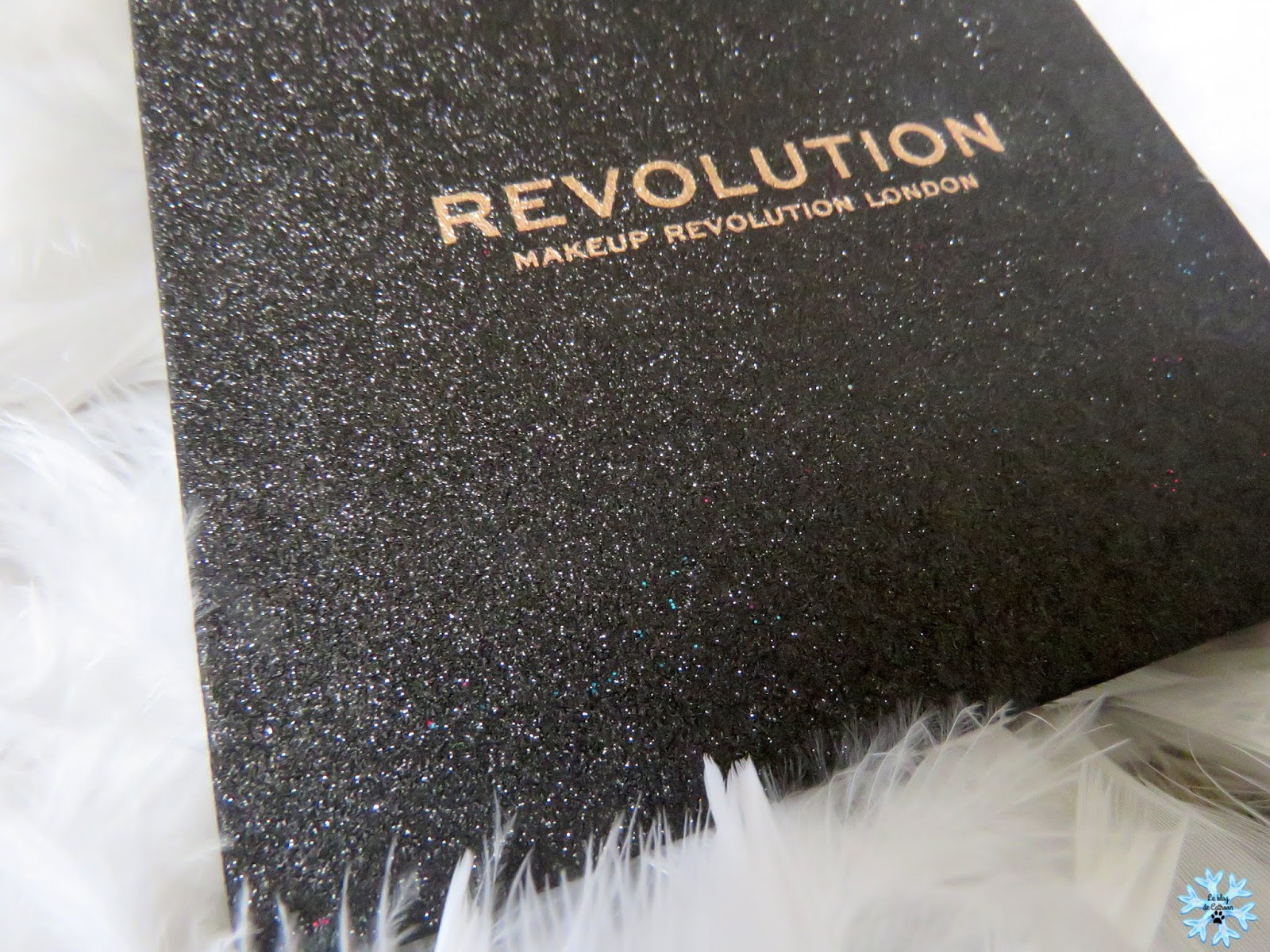 Abracadabra - Pressed Glitter Palette - Makeup Revolution