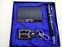 barang promosi mewah, souvenir eksklusif, souvenir set, gift set, flashdisk pulpen, pen pointer usb, gantungan kunci kulit, namecard holder, grafir laser