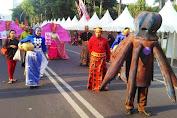 Mascot Gurita Selayar Ambil Bagian Dalam Fashion Carnaval 2106 Di Makassar