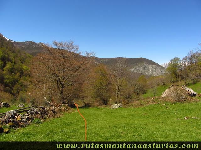 La Campona. Desvío hacia el Monte Saperu