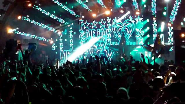 Festa F***Me I'm Famous na balada Ushuaia em Ibiza