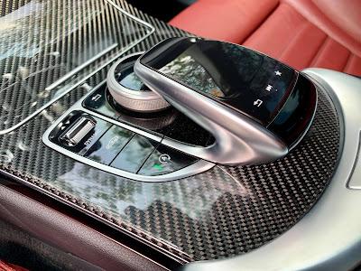 Mercedes C300 AMG model 2018 hop so 9 cap