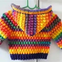 Abrigo con Capucha a Crochet