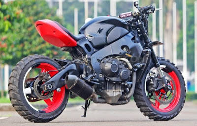 Modifikasi Honda CBR1000RR Big Scrambler
