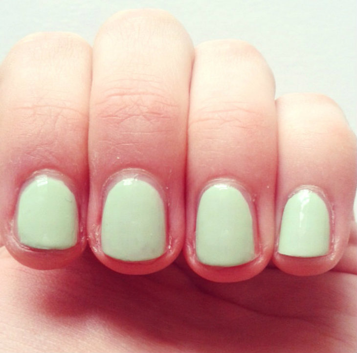 Barry M Speedy Quick Dry Nail Paint in Pole Position (on nails)