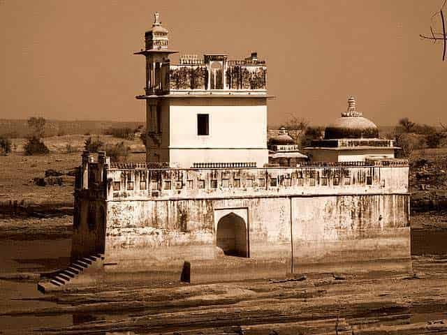 palace-of-rani-padmini