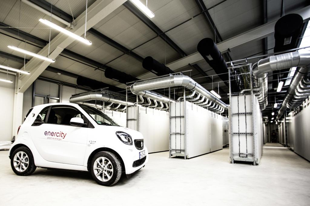 Resultado de imagen para vehiculos de baterías para almacenes