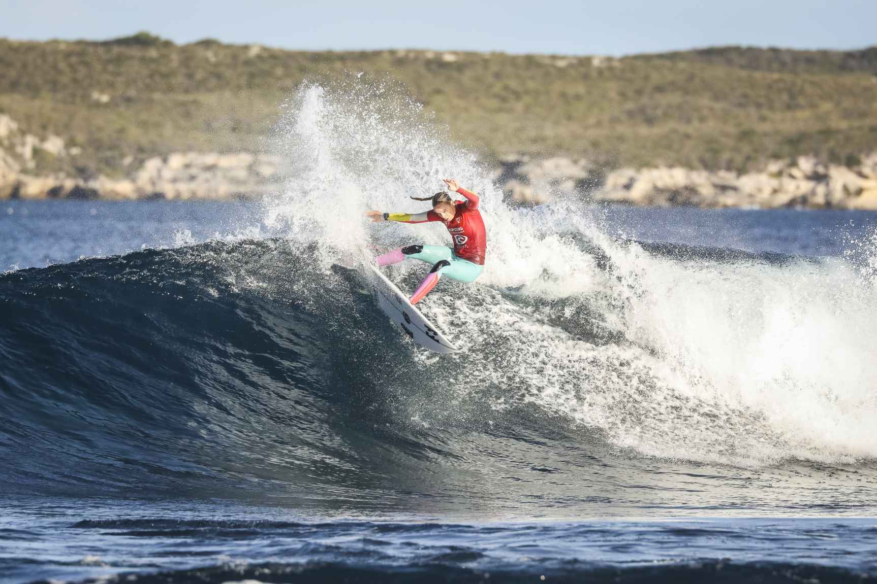 rip curl rottness search surf30 Isabella Nichols5025 Miers
