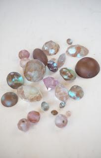 Saphiret and Sappharine Glass Rhinestones