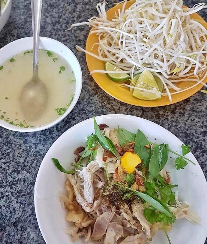 The Spices Of Life      : Phở Gà Khô Hai Tô (Vietnamese Dry