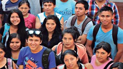 Los jóvenes peruanos tiene una de las tasas analfabetismo más bajas de la región