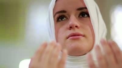 Ketahui! 9 Ciri Istri Pengundang Rezeki Suaminya - No. 4 Mungkin Jarang Dilakukan