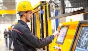 مصانع اجنبية بالمغرب باغي يخدمو 275 منصب من عمال في تصنيع  عوادم السيارات و انظمة التبريد و تصنيع مكونات المعدنية و البلاستيكية و عوازل الكهربائية و انظمة السلامة و الكابلاج