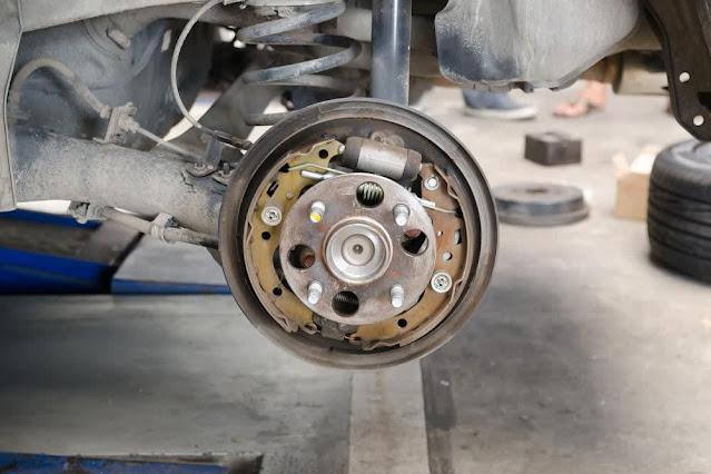 Symptômes de tambour de frein défectueux