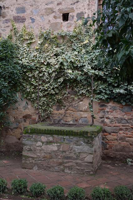 Pozo del jardín de Cristina de Ulloa