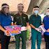 Huyện đoàn Phú Tân phối hợp thăm, tặng quà tại khu cách ly tập trung trung của huyện
