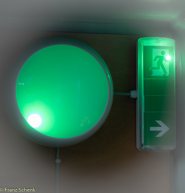 emergency lighting in the lighthouse operating room
