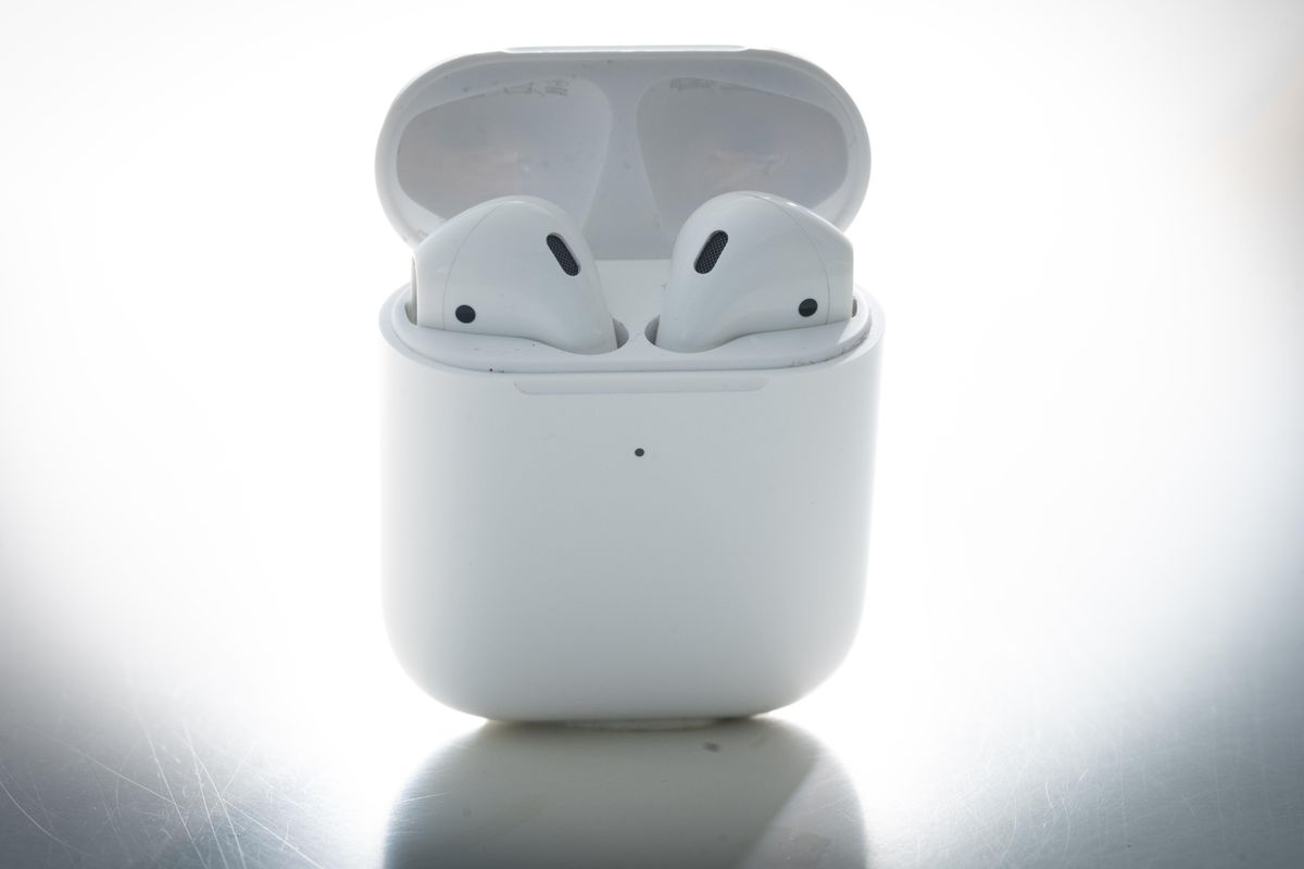 Your AirPods Aren't 'Magically Connecting'?