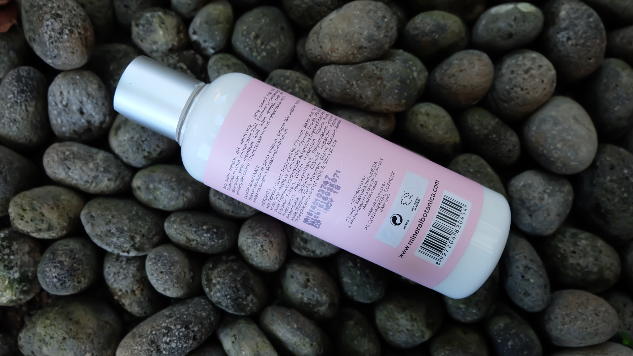 Review Mineral Botanica Body Lotion Floral