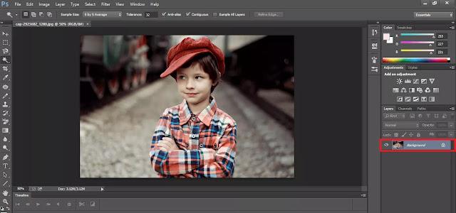Mengubah Bentuk Layer Dari Background Menjadi Layer Di Adobe Photoshop CC