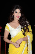 sonarika latest sizzling photos-thumbnail-11