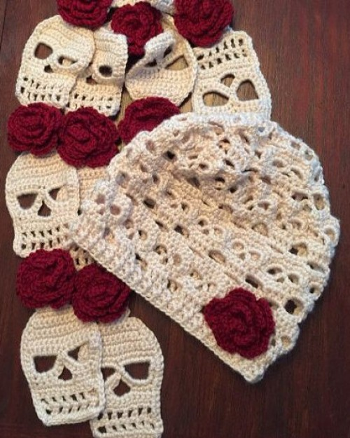 Crocheted Skull Slouchy Hat & Scarf Set - Crochet Pattern