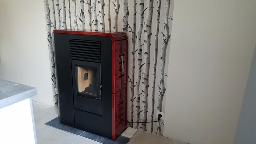 dcoration derrire un poele bois excellent dcoration derrire un poele bois with dcoration. Black Bedroom Furniture Sets. Home Design Ideas