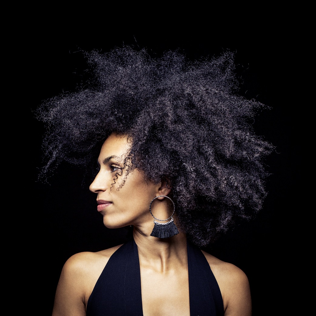 esinam gives us an entrancing insight into her eclectic world of jazztronica on debut ep sdban records september 21 2018