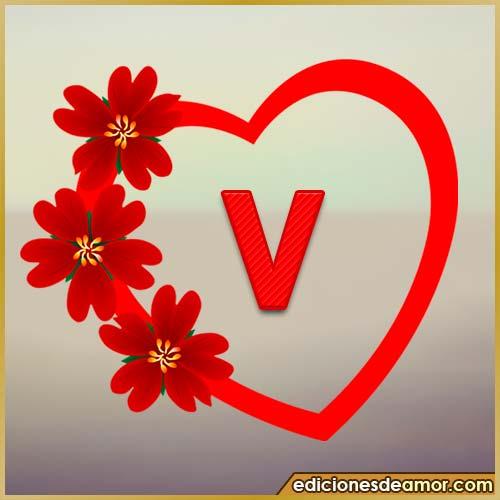 corazón de flores con letra V