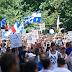 """Κεμπέκ Καναδά: 100.000 άνθρωποι στους δρόμους, κατά της μάσκας και των περιοριστικών μέτρων, με το σύνθημα """"COVID-19 - Πολιτικό ψέμα και παραπληροφόρηση των μέσων ενημέρωσης!"""""""