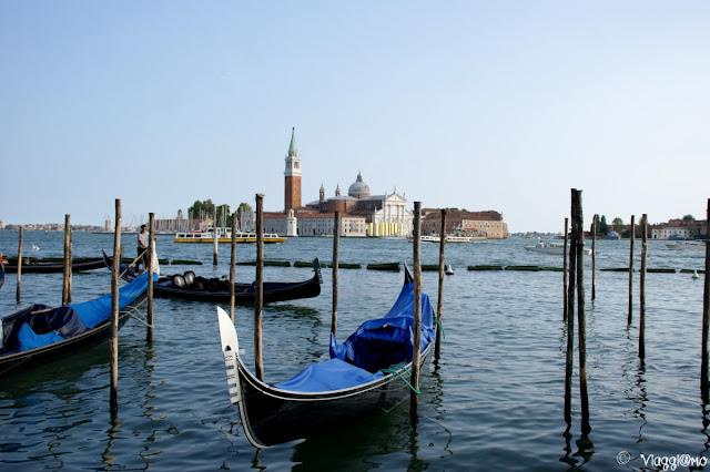 Le gondole sono il mezzo tipico di Venezia