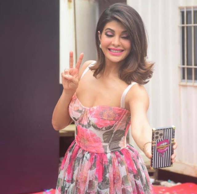 Jacqueline Fernandez Latest Photos At Vikrant Rona Movie Poster Launch Actress Trend