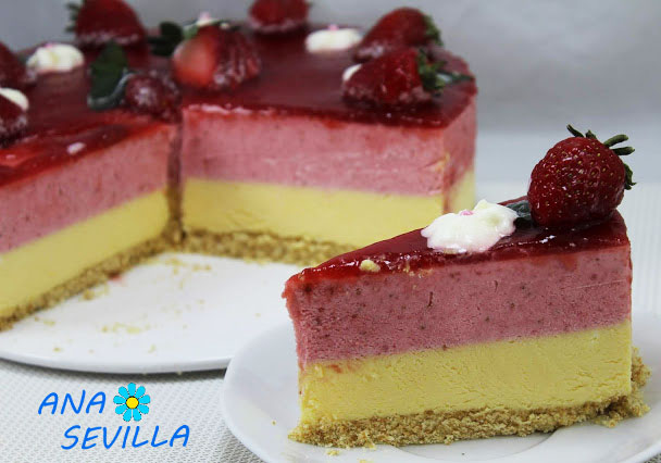 Tarta de fresa y chocolate blanco Thermomix