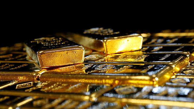 El oro sigue su recorrido al alza con futuros que sobrepasan los 2.000 dólares la onza