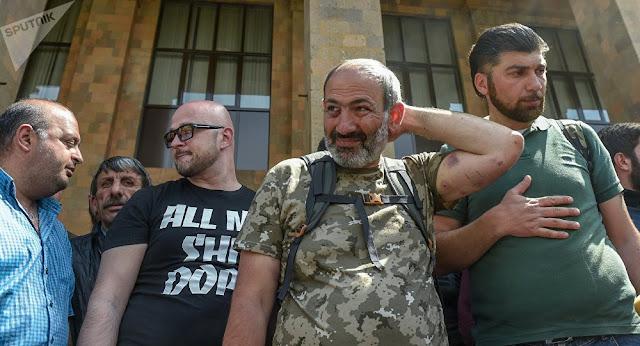 Pashinyan pidió que la gente esté lista para movilizarse