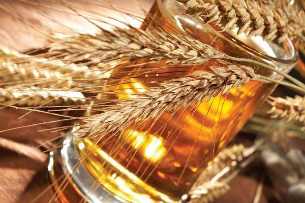 Chăm sóc tóc bằng bia cho mái tóc bồng bềnh