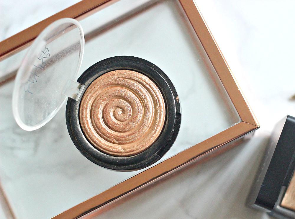 laura geller baked gelato swirl illuminator in gilded honey
