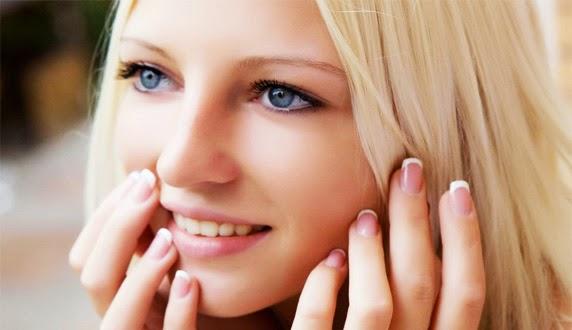 Cara Mudah Mengatasi Minyak Berlebih pada Wajah