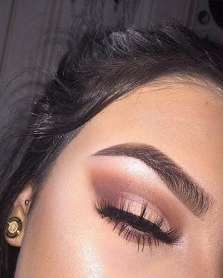 maquillaje de ojos natural tumblr para la universidad