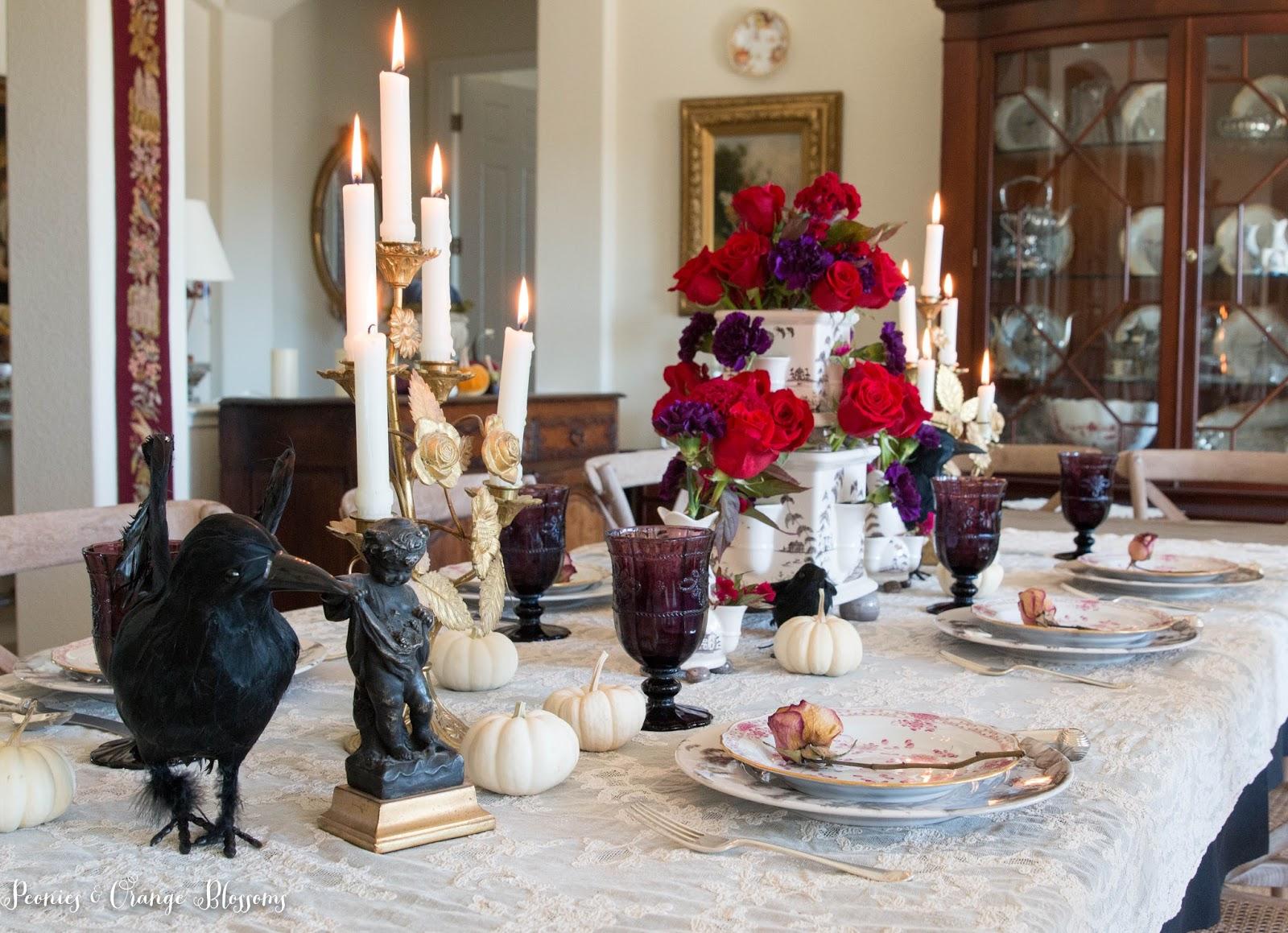 Elegant Halloween Table Decor
