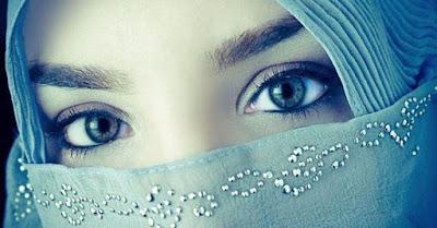 Kisah Wanita Cantik Yang Menggoda Seorang Ulama