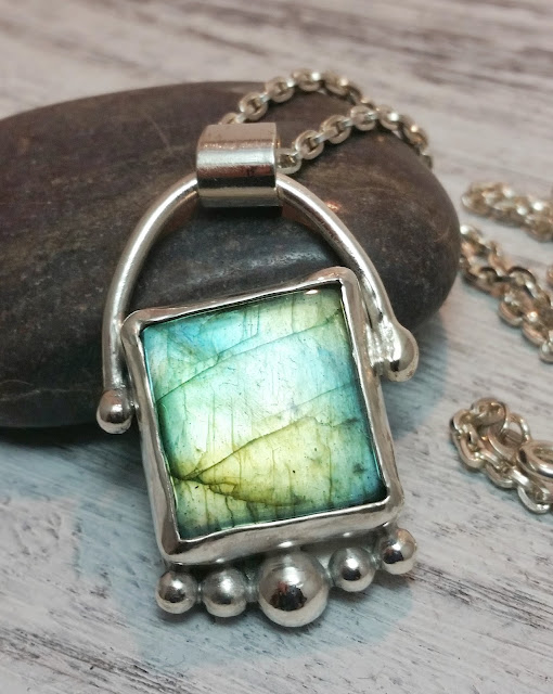 green flash labradorite gemstone necklace