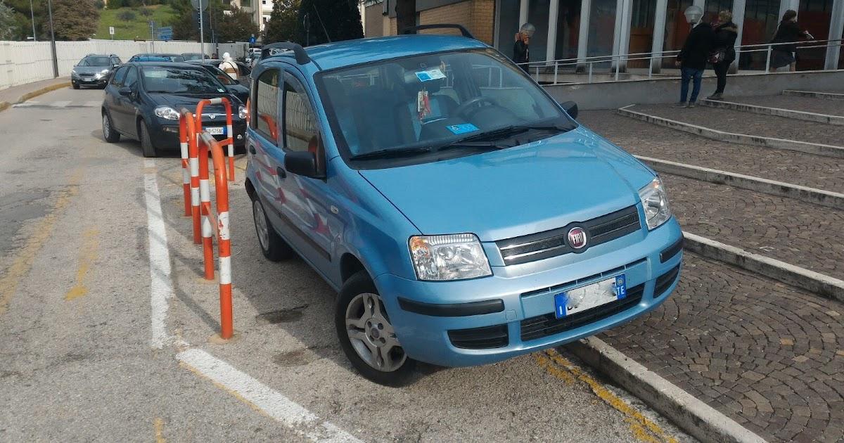 Il senso: Caos sosta selvaggia al Mazzini di Teramo - auto ...