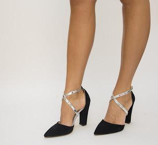Pantofi Combro negri piele eco intoarsa cu barete argintii