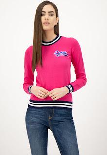 Love Moschino - Дамски фин Пуловер с джоб