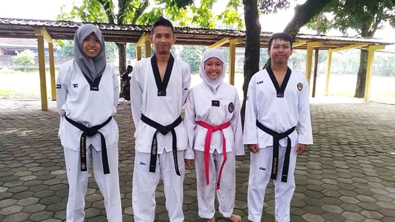 Sabeum Meylani, Sabeum Ilham, Ayunda (Siswi), Sabeum Maftuhin