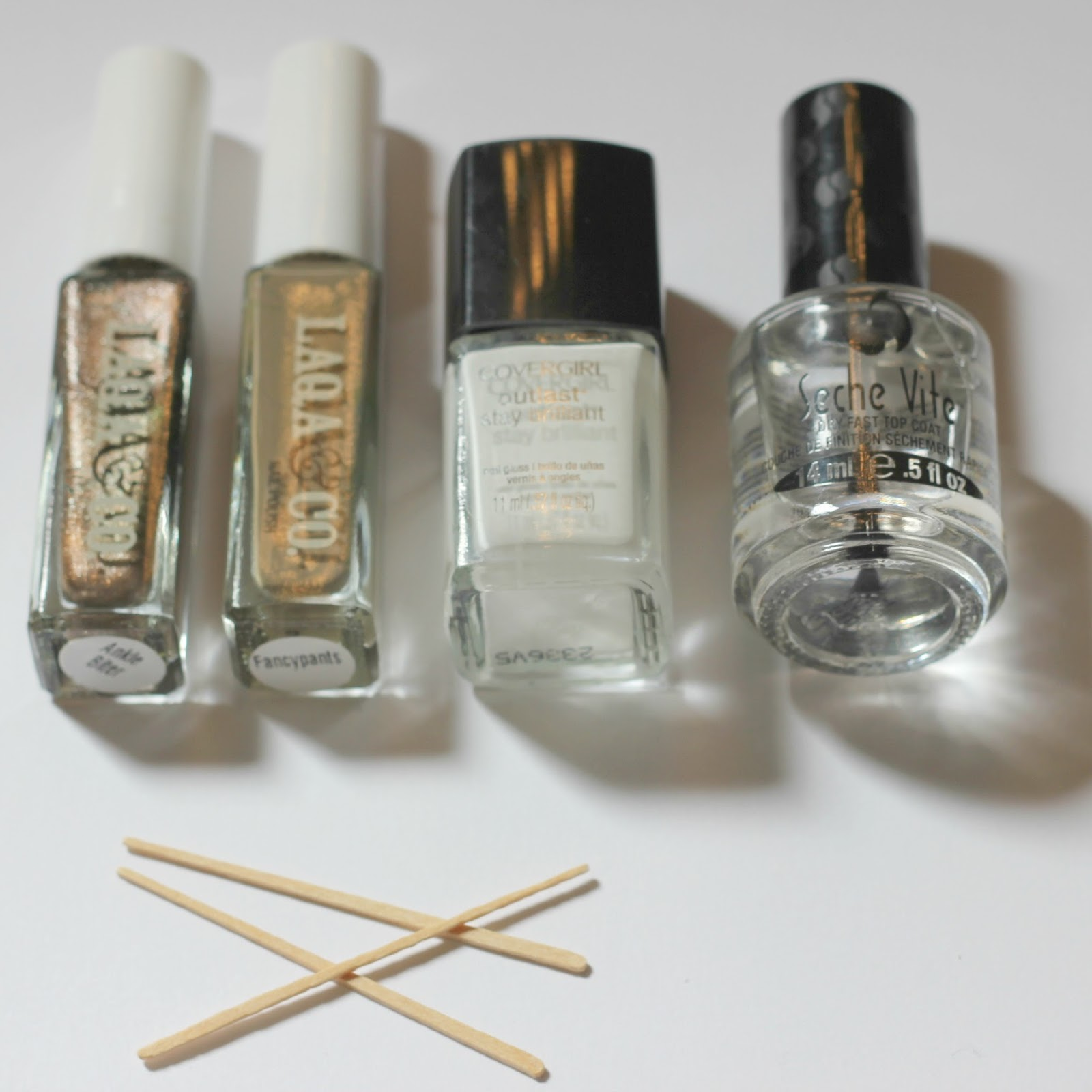 blushing basics: Camouflage Nail Art Tutorial