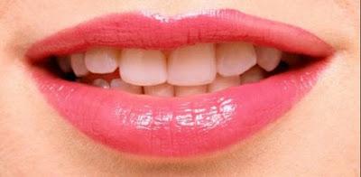 Cara Alami Memerahkan Bibir dengan Cepat