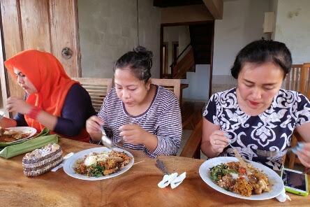 rekomendasi makan enak dan murah di bali