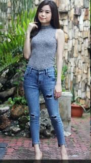 Model Celana Jeans Wanita Uneven Hem Jeans